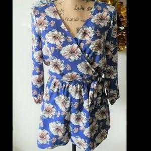 Like new! Blue Floral V-Neck Tie Waist Romper